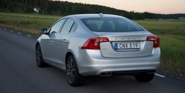 Китайско-шведский  седан VOLVO S60 T5 2018 года
