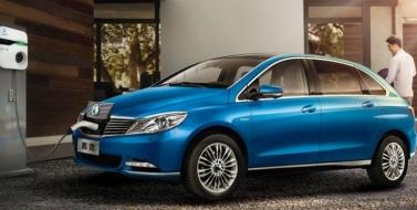 Планы Daimler и BYD относительно увеличения производства новых моделей электроприводных автомобилей (EV) для Китая